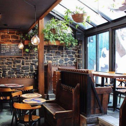 Bar Le Sacrilège Restaurant RestoQuebec