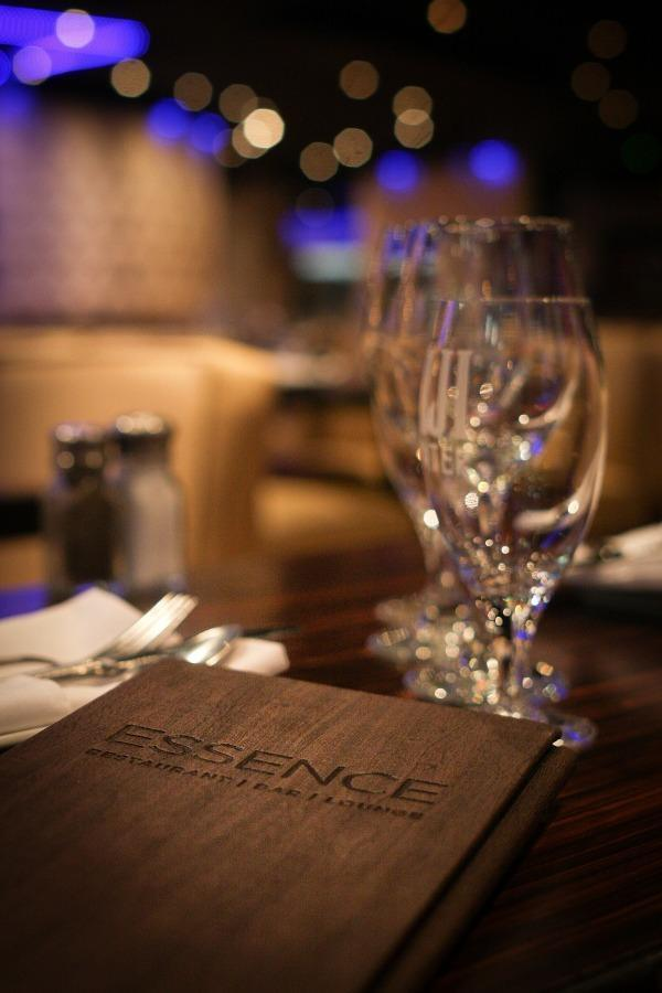 Restaurant Essence Photo