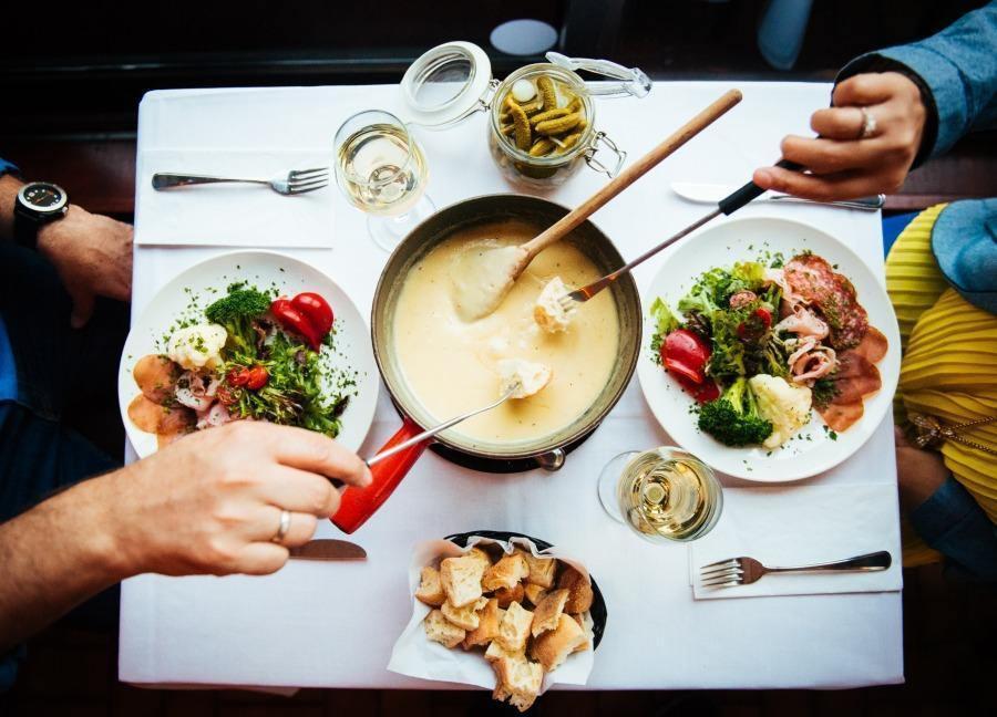 montreal raclette restaurants restomontreal. Black Bedroom Furniture Sets. Home Design Ideas