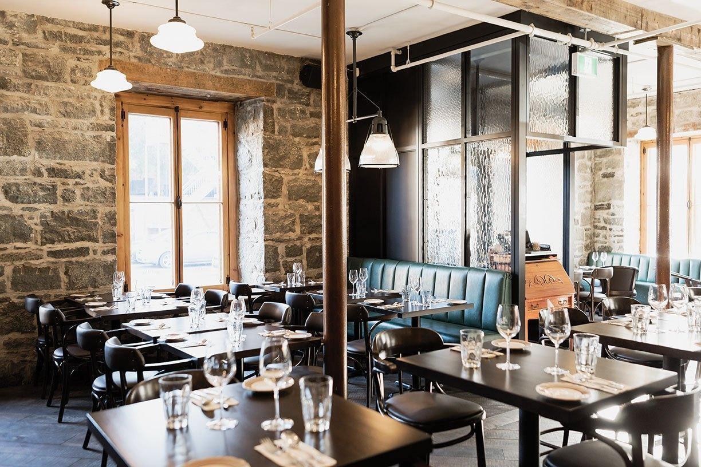 Louise Taverne Bar A Vin Restaurant