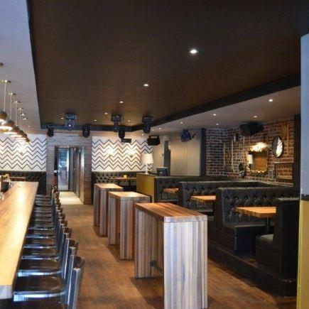 Photo 7 - Lobby Bar Restaurant RestoMontreal
