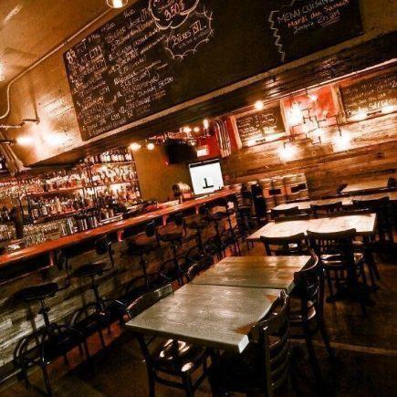 Photo 8 - Pub BreWskey Restaurant RestoMontreal