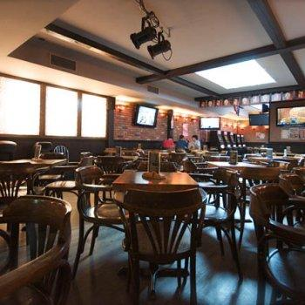 Photo 8 - Pub Cock n' Bull Restaurant RestoMontreal