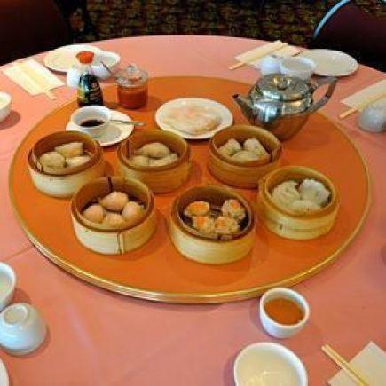 Photo 2 - Tong Por Restaurant RestoMontreal